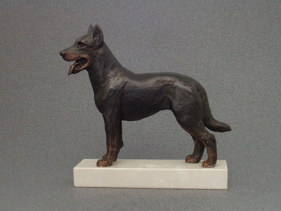 Beauceron - Classic Figure on Marble Base