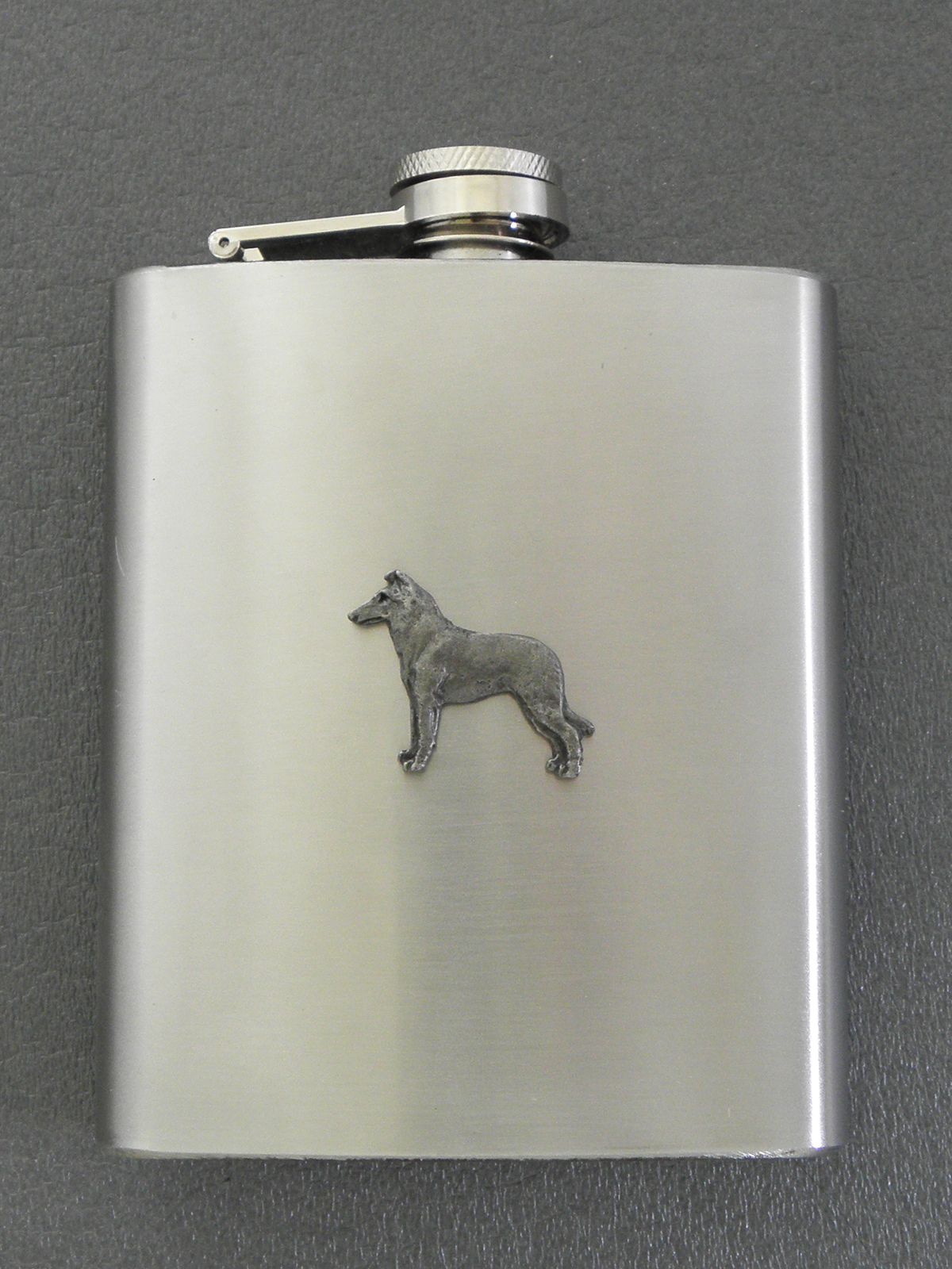 Collie Smooth - Hip Flask Figure