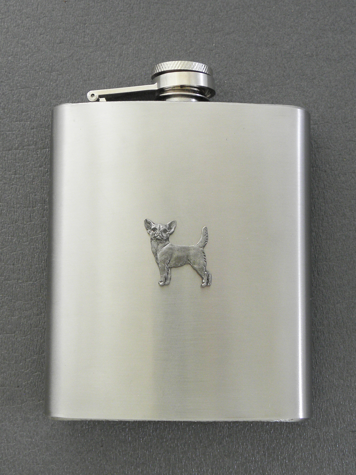 Chihuahua Smooth - Hip Flask Figure