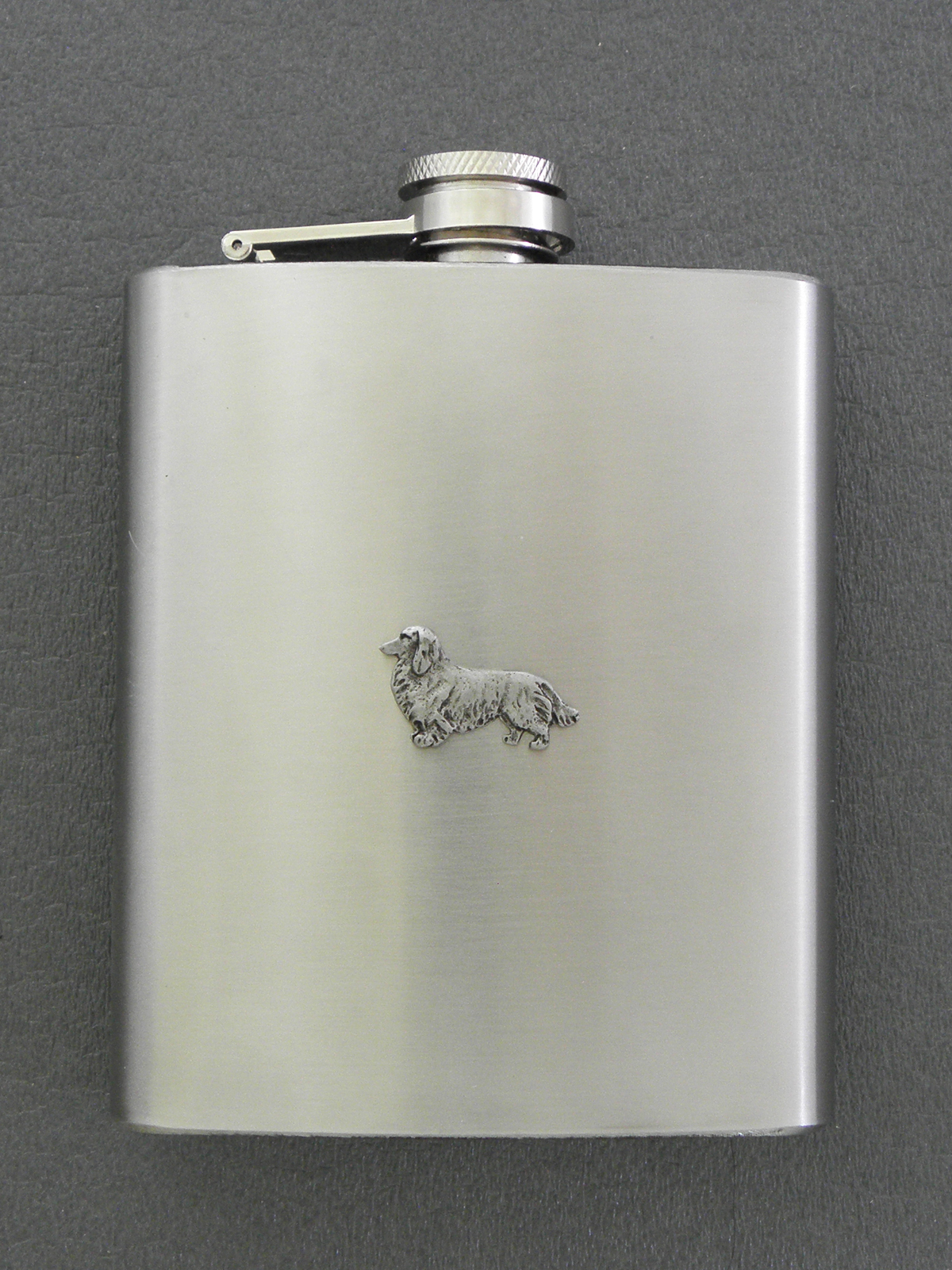 Dachshund longhaired - Hip Flask Figure